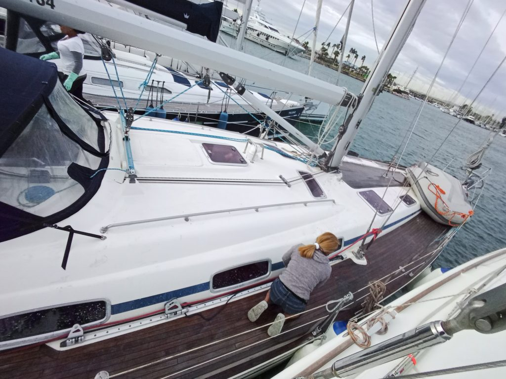 limpieza a fondo barco valencia